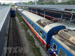 Vận chuyển hàng hóa bằng đường sắt.
