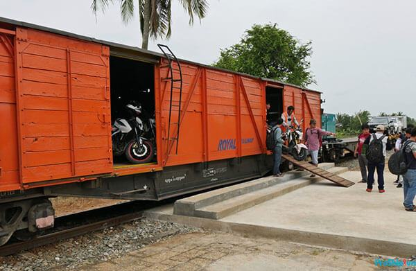 Kinh nghiệm vận chuyển xe máy bằng tầu hỏa mới nhất 2020